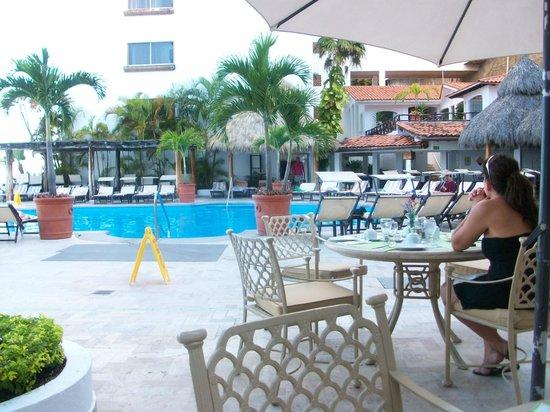 Costa Sur Resort & Spa: Comedor