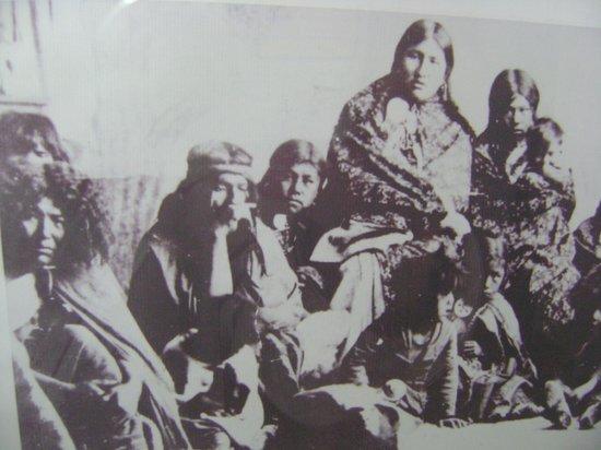 El Calafate Historical Interpretation Center : familia patagona