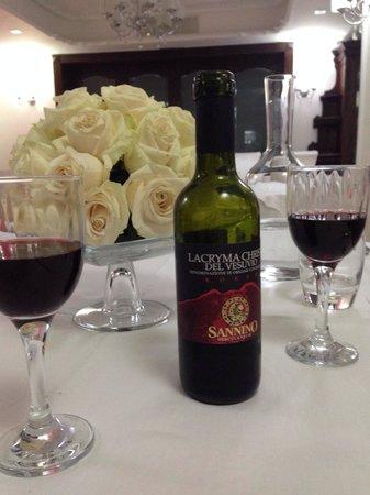Andris Hotel: Lacryma vino perfetto!!