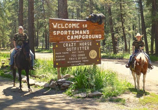 Sportsman's Campground and Mountain Cabins: Horseback Rides with Crazy Horse Outfitter