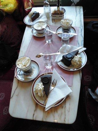 Café Sacher Salzburg: Вкуснятина!