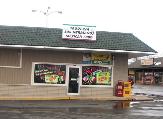 Taqueria Los Hermanos: From Outside View