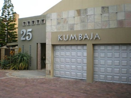 Kumbaya House : KH Main Entrance way West Beach Cape Town