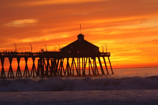"Imperial Beach Pier: Amazing sunset and ""The Tin Fish"""