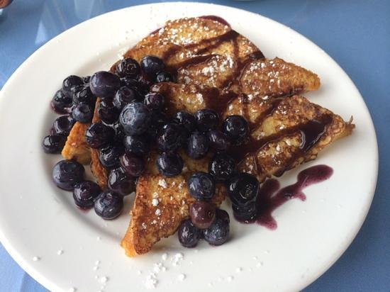 The Southern Mansion : Blueberry French Toast