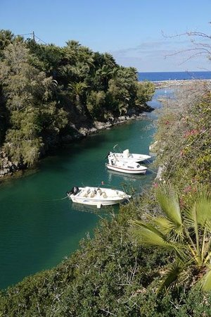 Castello Boutique Resort & Spa: Lovely Sissi harbour