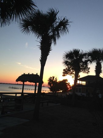 Emerald Beach RV Park : Sunset from our site overlooking Santa Rosa Sound