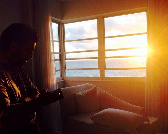 Delano South Beach Hotel : Sunrise at the Delano