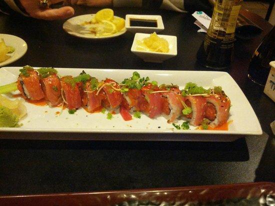 Sushi Xuan Asian Grill: Spicy Yakuza Roll