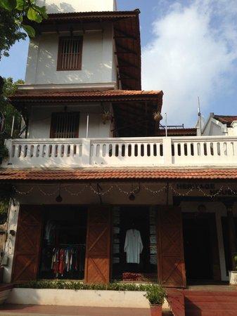 Hotel Coramandal Heritage: Facade