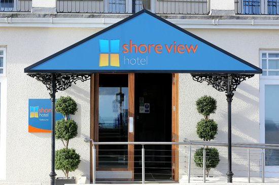 Shore View Hotel: Entrance