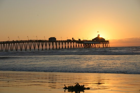 The Beach Club : IB Sunset