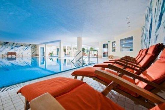 Sporthotel & Resort Daun Vulkaneifel: Schwimbad im Sporthotel & Resort Grafenwald Daun Vulkaneifel