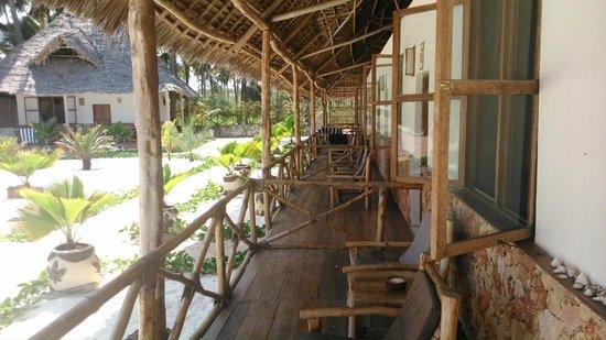 Garden Palms Hotel: Na tarasie