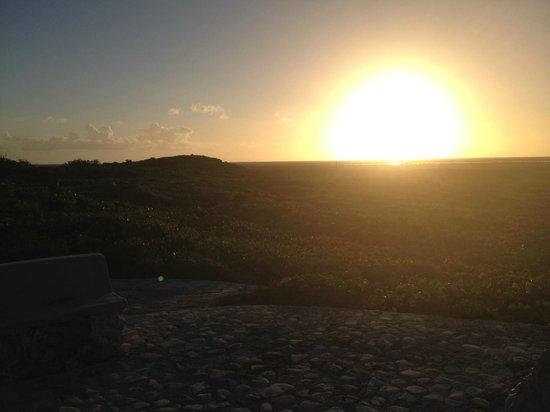 Blue Horizon Resort: Sunset