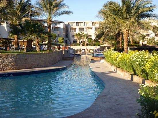 Fort Arabesque Resort, Spa & Villas : view of pool