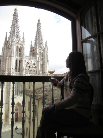 Meson del Cid: you don't need to go out of your room to see the cathedral!!!