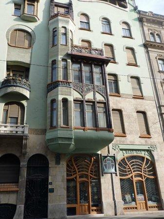 Hilton Budapest City: Art Nouveau House, Budapest