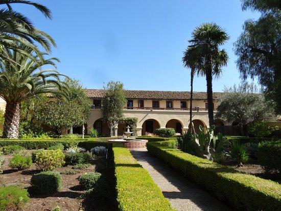 Solvang, CA: Le jardin de la mission Inès