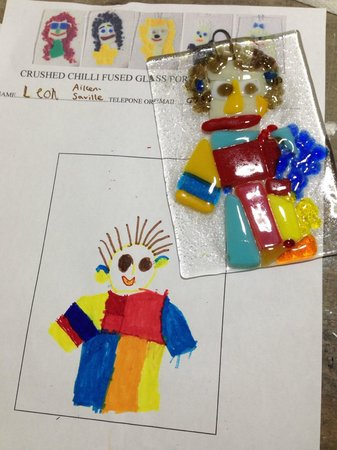 Crushed Chilli Gallery: Portrait workshop for ages 3 to adult