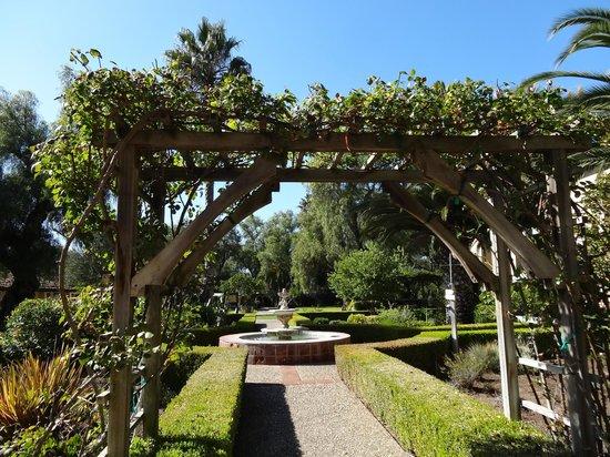 Solvang, Kalifornien: Le jardin de la mission Inès