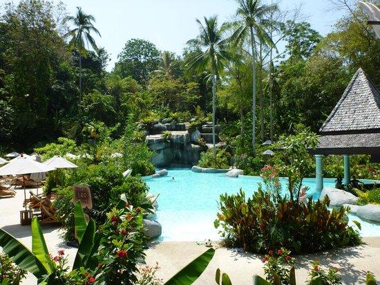 Marina Phuket Resort : Poollandschaft
