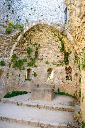 Château de Peyrepertuse : Chapelle à Peyrepertuse