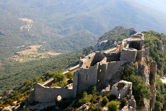Château de Peyrepertuse : Citadelle de vertige