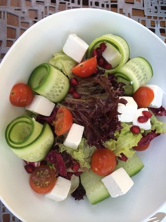 La Baie Lounge: Greek Salad
