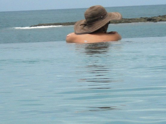 Pousada Minha Louca Paixao: Vista da piscina