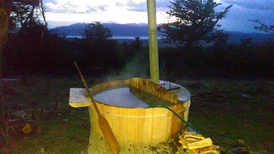 Awasi Patagonia - Relais & Chateaux: super hot hot tub