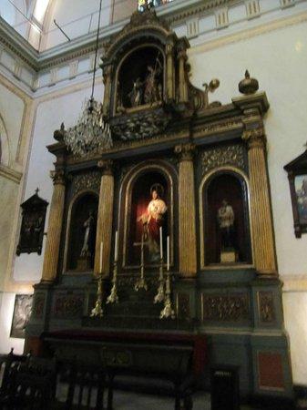 Catedral Metropolitana de Montevideo (Catedral Matriz): Altar lateral direito.