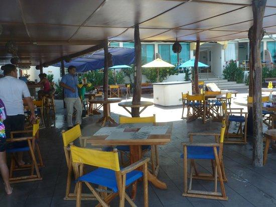 Hotel Solymar: Terraza