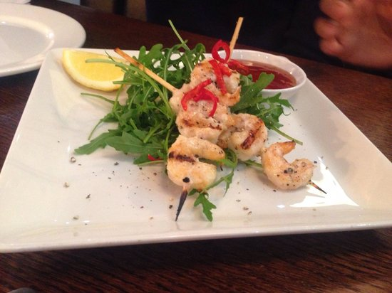 The Banc: The grilled prawn skewers! Very appetising!