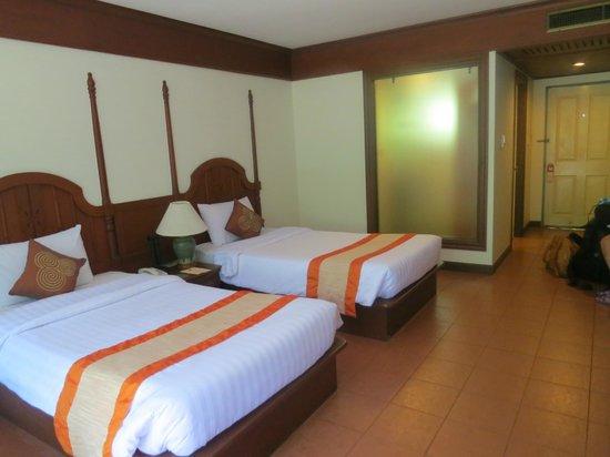 Krabi Tipa Resort: Our beds