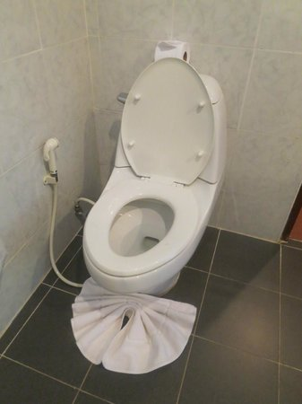 Krabi Tipa Resort: Bathroom