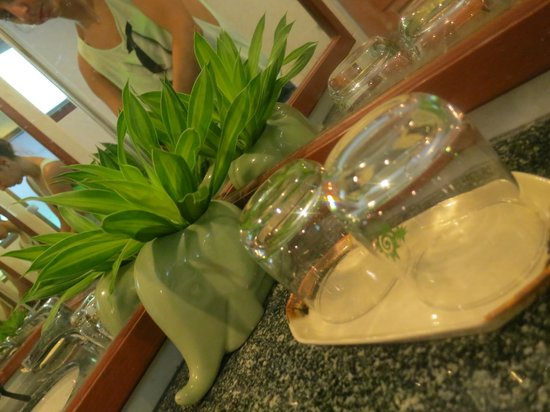 Krabi Tipa Resort: Bahroom details