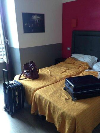 MF Hotel: Camera