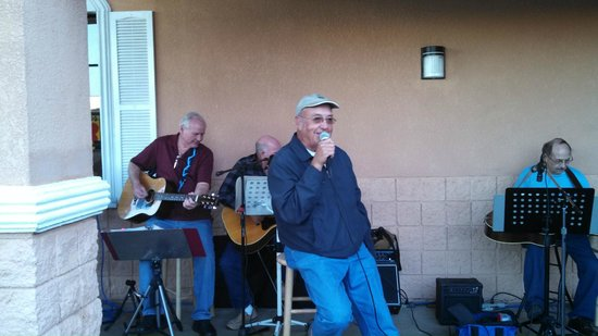 Super 8 South Padre Island : Winter Texan singing