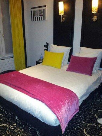 Hotel Peyris Opera: Camera 543