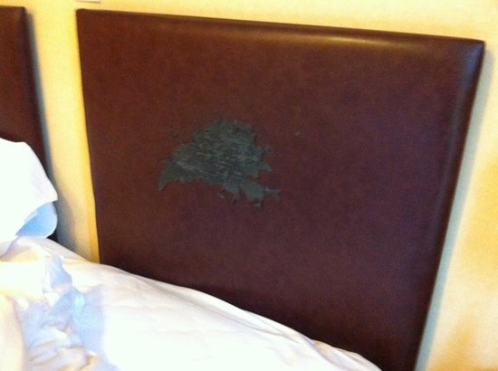 Lion Quays: Headboards in rooms