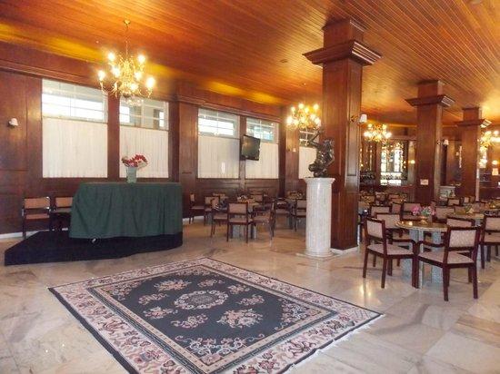 Hotel Monte Real: Bar com Piano