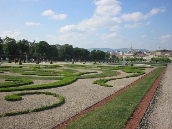 Belvedere Palace Museum : Вид с Вернего Бельведера