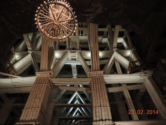 Wieliczka : Поражает воображение система крепления сводов