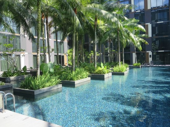 Crowne Plaza Changi Airport : Pool area on 3rd floor