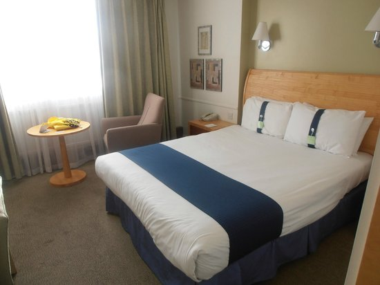 Holiday Inn Gloucester - Cheltenham: Room