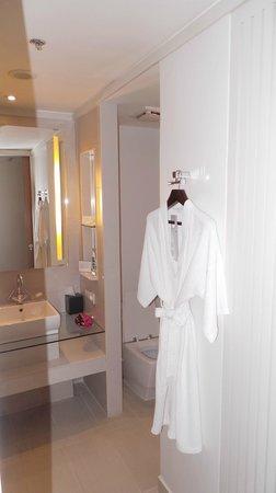 Le Meridien Chiang Mai: Bathroom