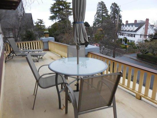 Abbeymoore Manor Bed and Breakfast Inn: Master Bedroom Balcony