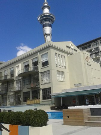 Heritage Auckland: Looking toward Deco wing from pool are