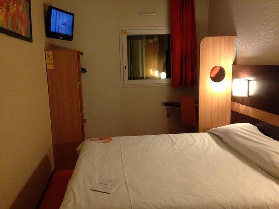 Premiere Classe Nice - Promenade Des Anglais : La chambre